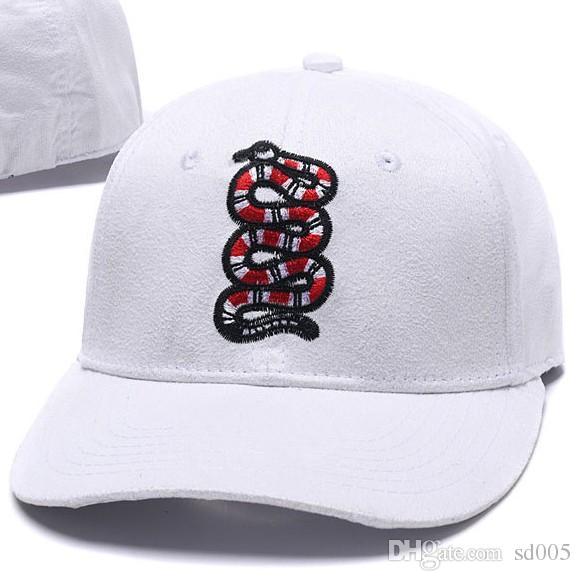 fc73255cde3 Outdoor Sports Plain Snapback Caps Embroidery Snake Pattern Baseball Cap  Unisex Hip Hop Dance Hat For Men Women 17km B Hats Online Cap Online From  Sd005