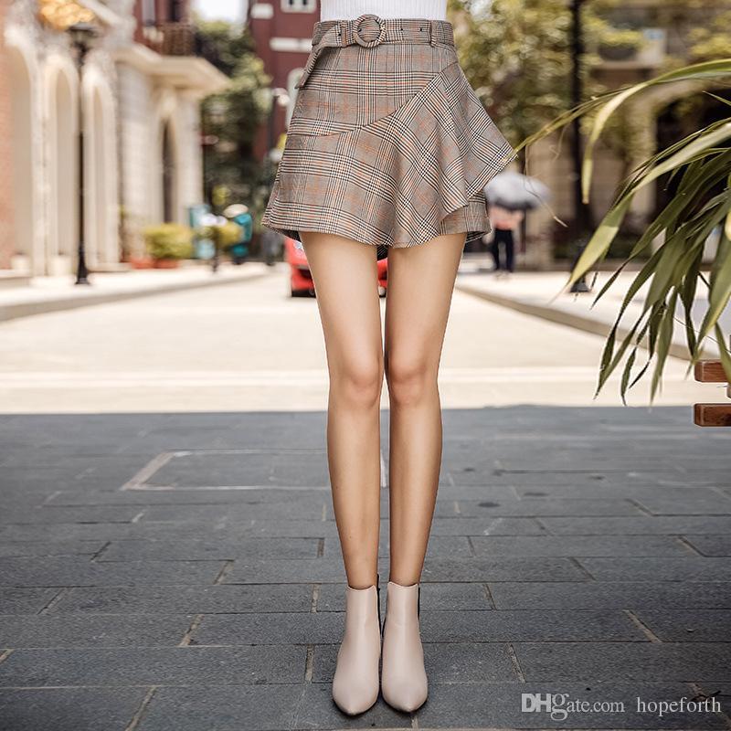 3e9d7c840e Women's Zipper Plaid Shorts Pants S-XL 2018 Autumn New Fashion High Waist  Pants Retro Short Pants Ladies Casual Pant