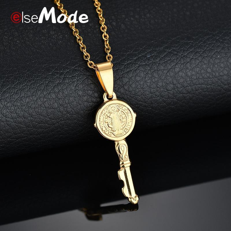 c4c7893215a Compre ELSEMODE Saint Benedict Medalla Collar Llave Oro Plata Titanio Acero  Inoxidable Amuleto Collares Pendientes Catolicismo Joyería A  34.98 Del ...