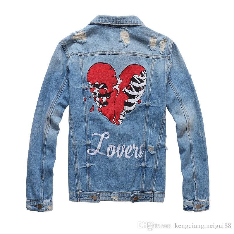 fb5fd9921 Veste en jean pour hommes New Denim Top Jacket Locomotive Marée Marque Blue  Jeans Vêtements Homme manteaux en denim Livraison gratuite Taille M-4XL