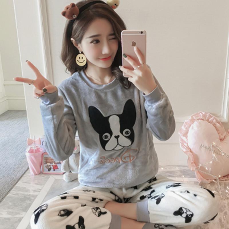 b0be9d2f320b7b Flanela de inverno Feminino Pijama Conjunto Completo Calças Senhora Two  Piece Pijama Set Dos Desenhos Animados Cão de Impressão Em Casa Roupas