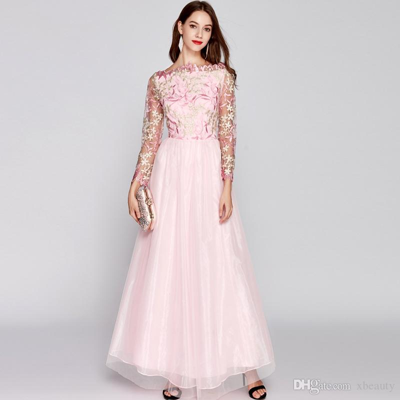 d2c40f5ee New Arrival 2018 Women's O Neck Long Sleeves Embroidery Bodice Patchwork  Fashion Party Prom Maxi Designer Runway Dresses