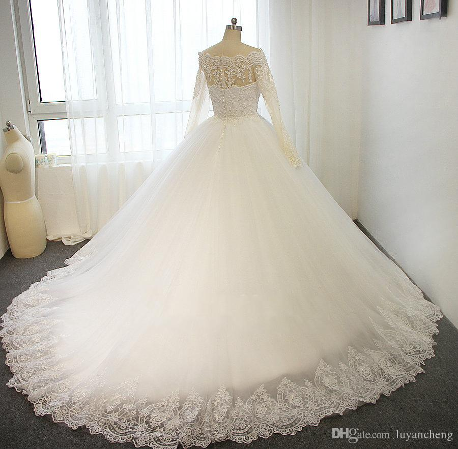 Luxury Full Pearls Ball Gowns Wedding Dresses Elegant Boat Neck Long Sleeves Lace Appliques 2019 Bridal Dress Vestido de Noiva Wedding Gowns
