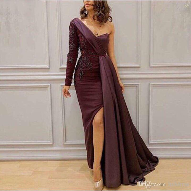 2018 New Sexy Burgundy Long Sleeves Evening Dresses Straight One Shoulder Lace Beaded Sequined Sexy Slits Robe De Soiree Inspired By Saudi