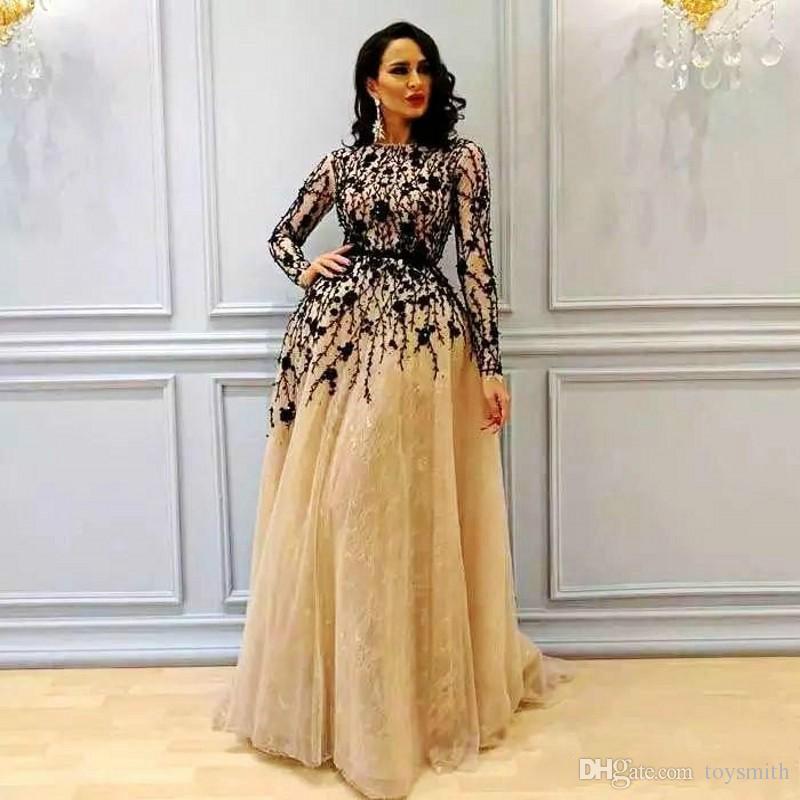 Nouvelle arrivée Champagne à manches longues soirée Robe Invité 2018 Elegant A-ligne Party Applique en dentelle noire robe de bal