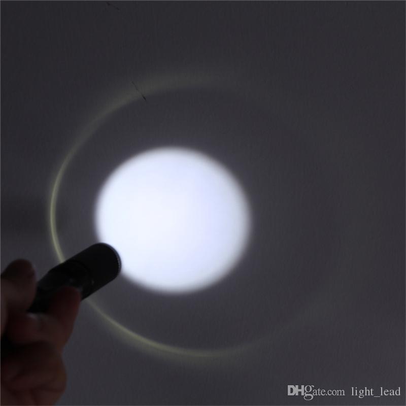 Stift Clip LED Taschenlampe 1 Modus Batteriebetrieb 300LM Stift Licht Stift Licht Tasche Outdoor Wasserdichte Penlight Torch