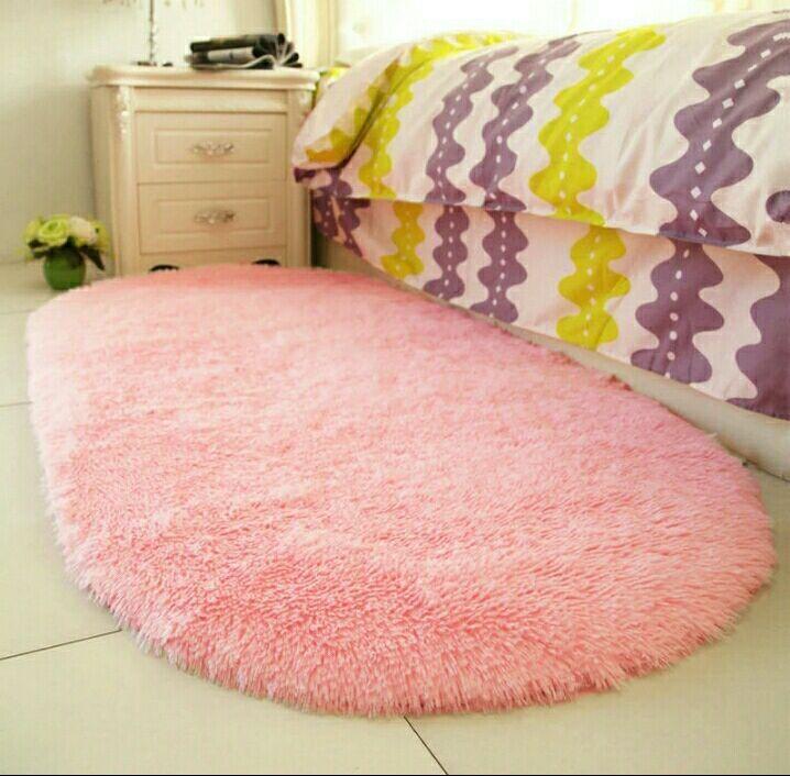 Beside Carpet Oval Modern Simple Bedroom Cushions Living Room Lovely ...