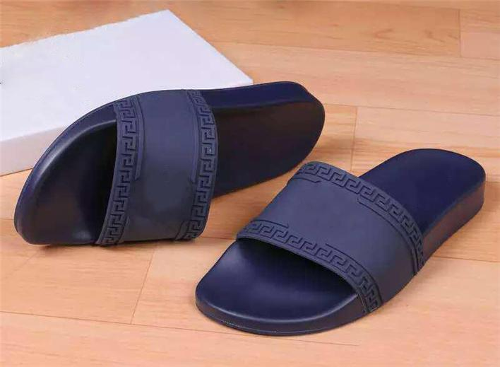 ecc097ad804c Hot Sale Z2Versace Men Beach Slide Sandals Medusa Scuffs Slippers Mens  Women Black White Red Beach Fashion Slip On Designer Sandals Slipper  Sandels Sparx ...
