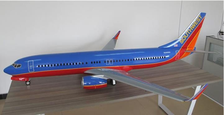 Boeing 737 Full composite /W 90mm Electric retract scale gear & Seat KIT  Fibreglass radio control model