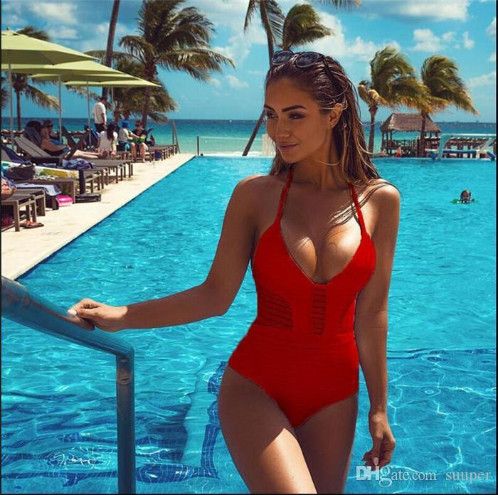 Traje de baño de encaje Vendaje Bikinis de talla hueca Conjunto Halter Top Push Up Traje de baño Traje de baño 2018 Venta al por mayor de fábrica