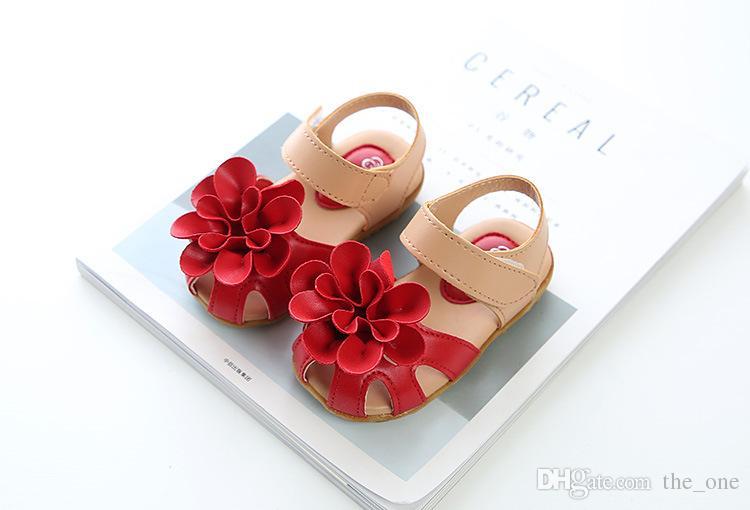 2018 neue Mädchen weiche Sohle koreanischen Stil Blume Prinzessin Sandalen niedliche Mode Kinder Schuhe Sommer Strand Kinder Schuhe Kleinkind Schuhe M102