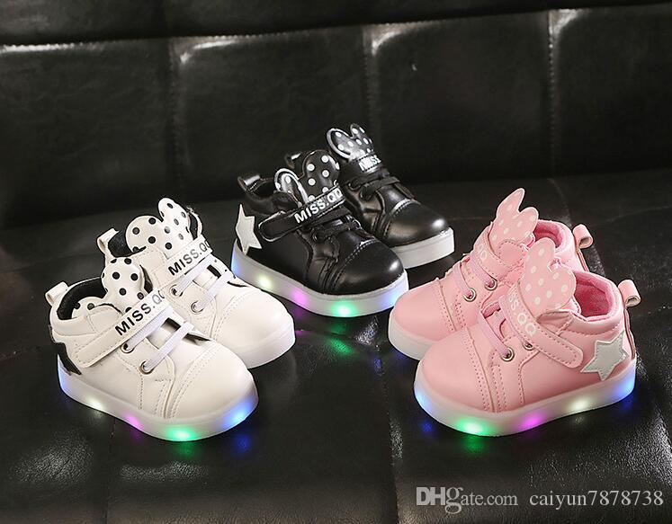 New Spring And Autumn Children s Shoes LED Children s Luminous Boys ... b3fe50f2ca4b