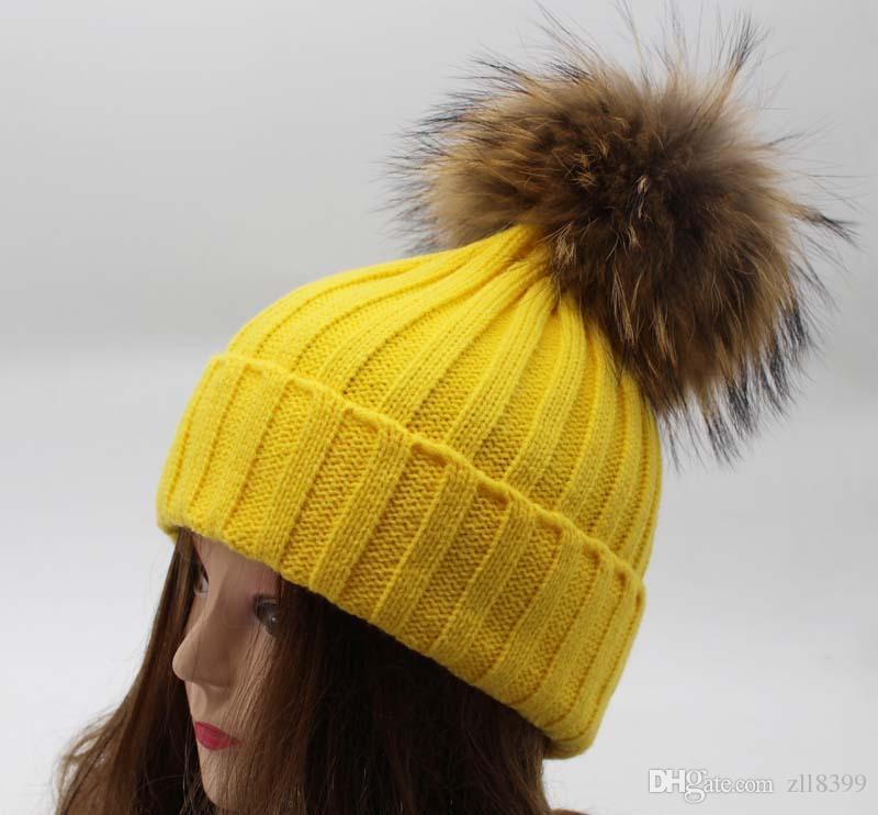 c264f56bce3 2018 Men Women Pom Pom Beanie Warm Knitted Pompom Hat And Scarf Set ...