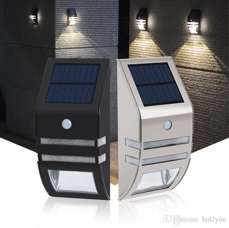 Luce Per Esterno Con Pannello Solare.Luce Solare Nera Argento Con Led Smd 2pz Pannello Solare Policristallino Sensore Pir Per Passaggio Esterno Scala Giardino Cortile