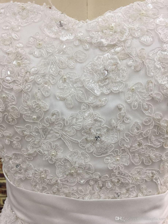 実際の写真プラスサイズのウェディングドレス恋人のノースリーブのビーズクリスタル真珠のレースのアップリケレースアップバックチュールブライダルガウンサッシュ