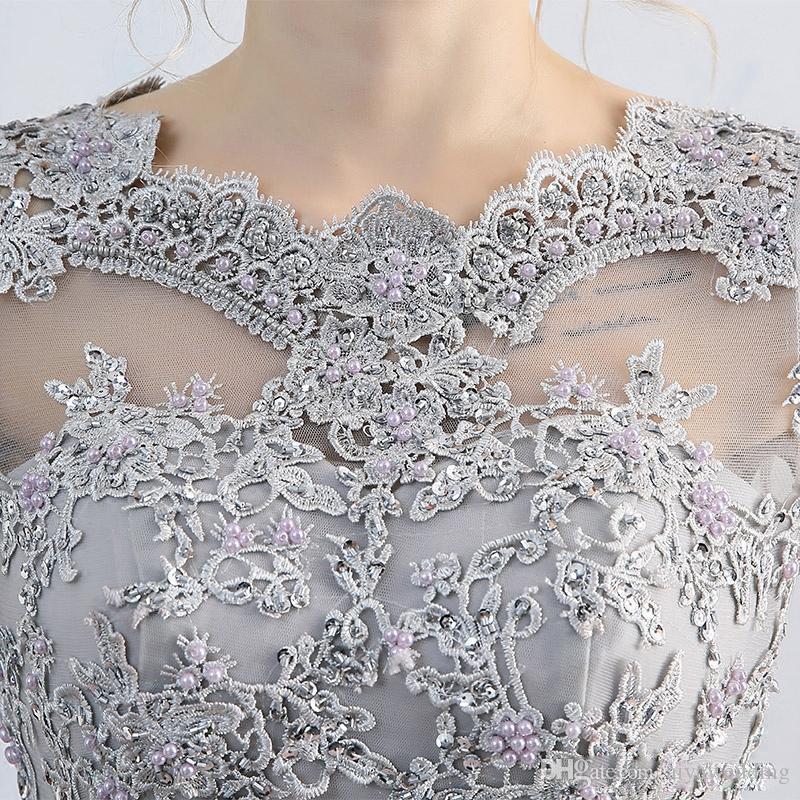 2019 Cinza Claro Ilusão Pescoço Ilusão Mangas Compridas Lace Applique Vestidos de Baile Com Zíper de Volta Sweep trem Festa Mãe do Vestido de Noiva