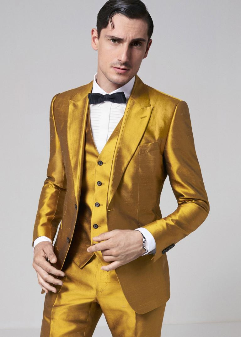 9423585e439 2019 Latest Coat Pant Designs Gold Satin Men Suit Formal Skinny Stage Blazer  Shiny Prom Style Tuxedo Custom Jacket Pant Terno From Cute08