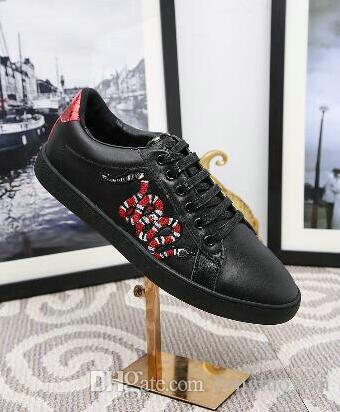 2018 New casual shoes Low Top Leather tiger snake chicken Embroidery Casual Shoes Fashion Sneakers for Mens Womens