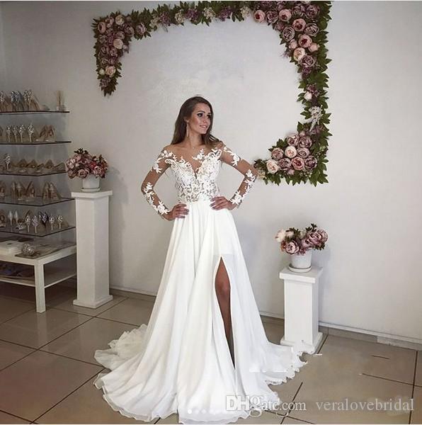 Elegante una línea de vestidos de novia de playa de gasa 2017 Sheer Neck Sexy Back Lace Appliques Mangas largas Muslo-High Slits Vestidos de novia