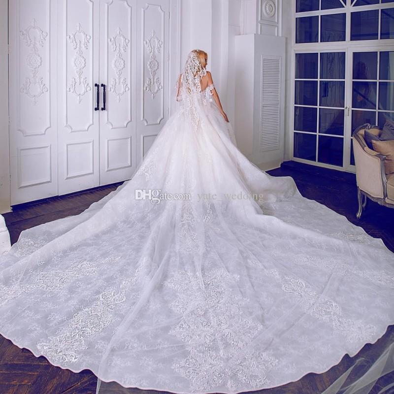 럭셔리 볼 가운 웨딩 드레스 어깨 너머의 커플 신부 드레스 대성당 열차 2019 로얄 웨딩 드레스