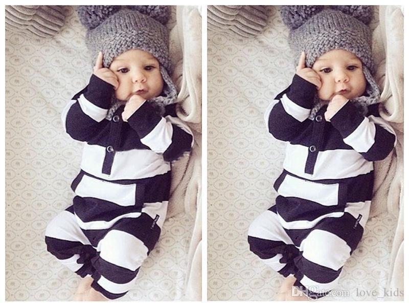 888282c8bf Compre Bebê Bonito Menino Meninas Crianças Roupas Macacão Macacões Recém  Nascidos Macacões Bebê Recém Nascido Preto E Branco Listrado Macacão De  Love kids