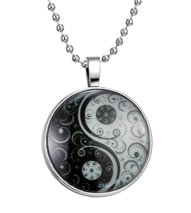 Vintage Silver Bronze Glass Yin Yang Tai Chi Bagua Map Witchcraft Necklace Pendant Charms Jewelry For Women Accessories Z197
