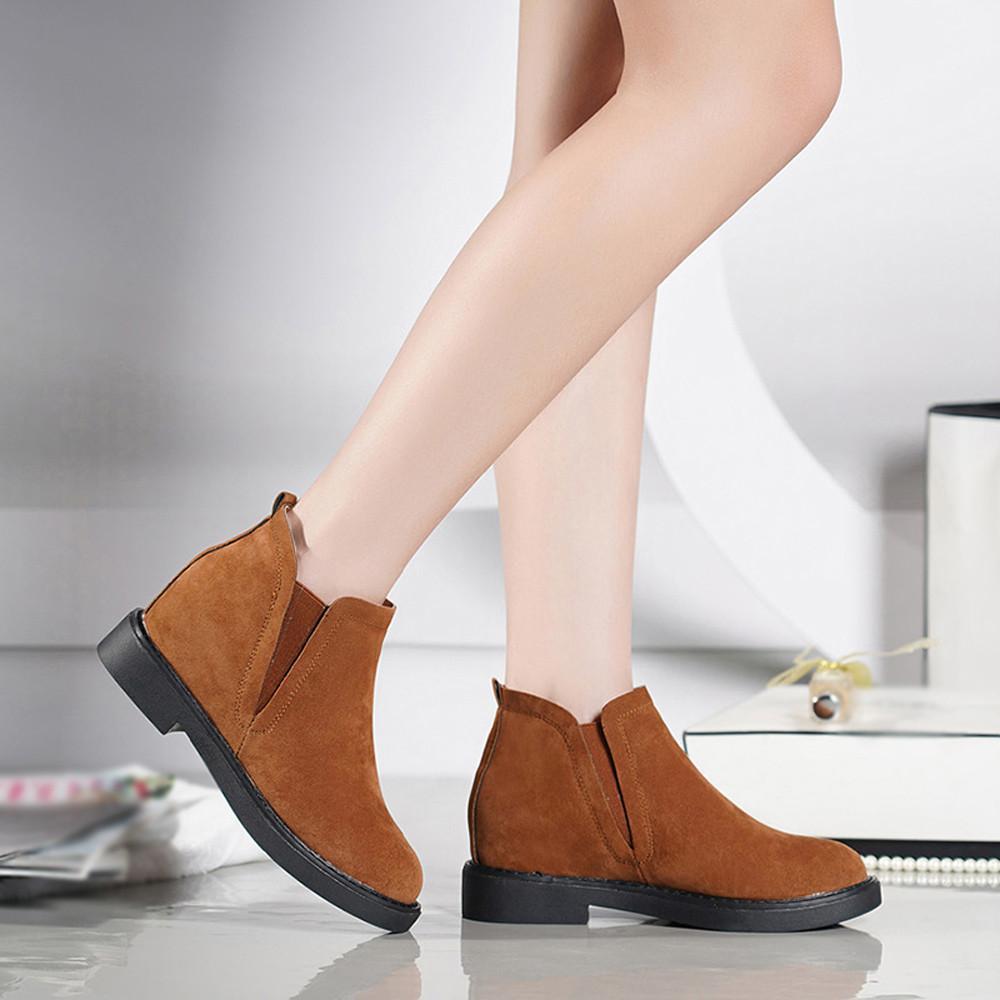 Compre Las Mujeres De Tacón Cuadrado Martain Boot Suede Slip On Keep Warm  Warms Zapatos De Punta Redonda Mujer Invierno Señora Snow Boots Moda  Classic ... bebcad066117