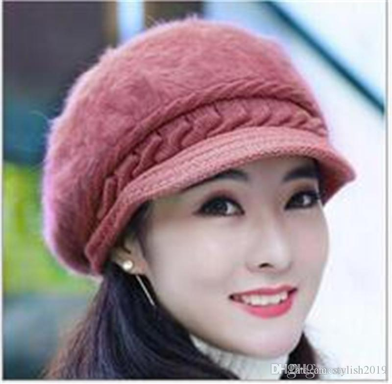 2017 winter hat female Korean edition imitation rabbit hair hat pure color duck tongue beret warm ear cap TO142