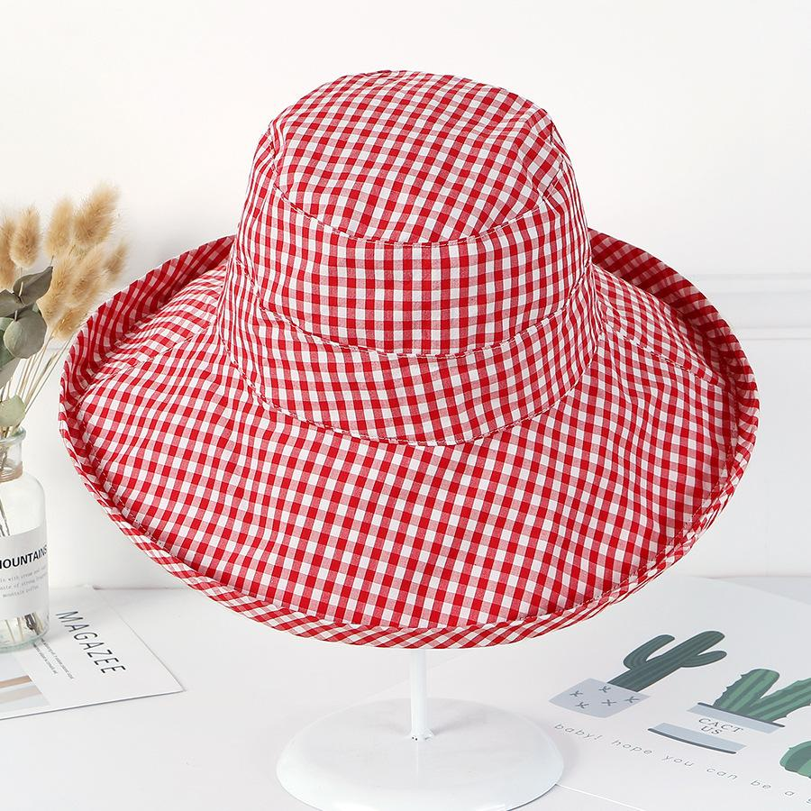 Compre 10 Unids   Lote 01808 Jiu8764 Estilo Literario Sombrero De Ala De  Papel A Cuadros Tapa Mujer Sol Pescadores Sombrero Al Por Mayor A  87.44  Del ... cefb8ba061c