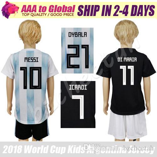Niños Messi Jersey 18 Camisa De Futebol Higuain Kun Aguero Dybala Niños Di  Maria Camisetas De Fútbol 2019 Niños Lionel Messi Uniformes Por Bzcheetah 989f59d14bcf2
