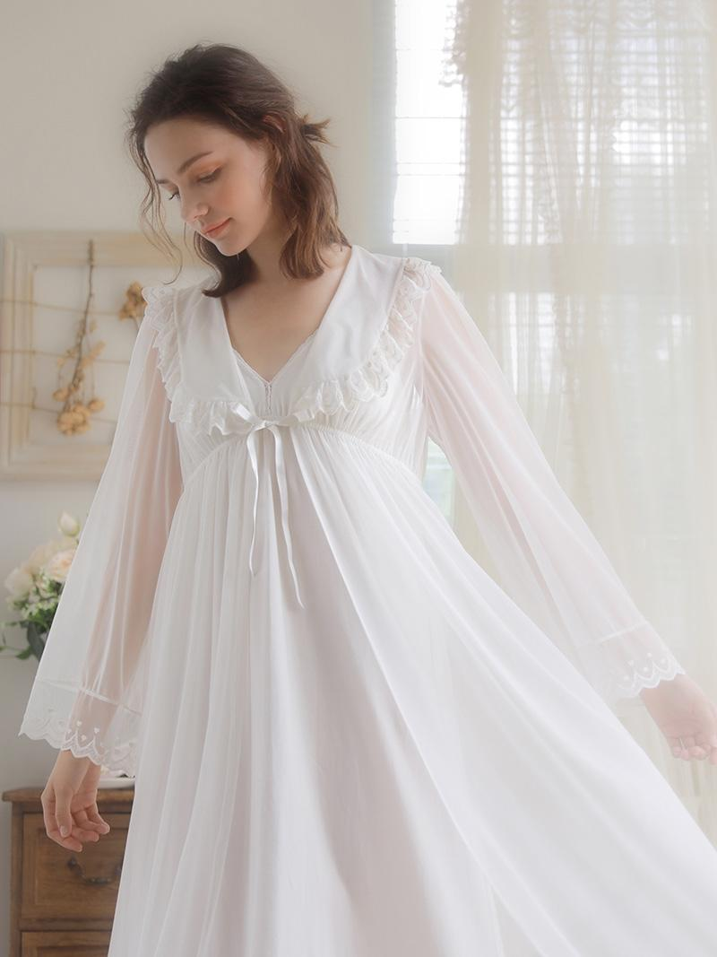 3723c8b5539 2019 Women Robe Autumn Summer White Sleepwear Lace Long Robe Dress Lady  Slip Two Pieces Bride Nightgown High Quality From Macloth