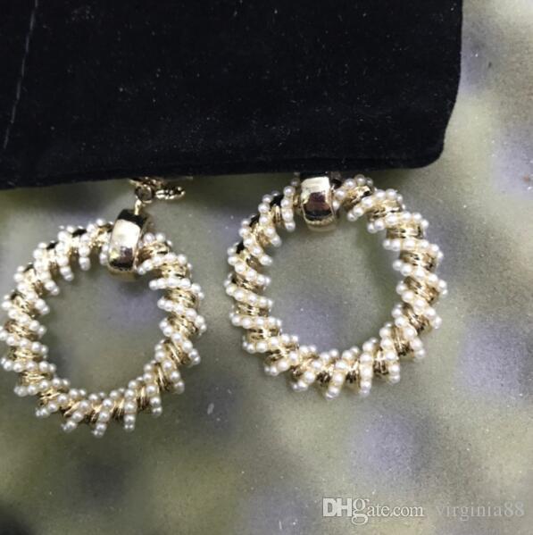 Acheter Chanel Souper Grand Plein Mini Perles Ensemble Grand Circel Dangle  Boucles D\u0027oreilles Avec Boîte D\u0027origine Et Sac À Poussière Livraison  Gratuite De
