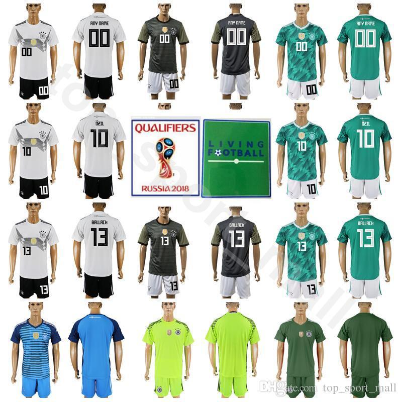 c1374ff642a00 Compre Alemanha 13 Gerd Muller Jersey Set 2018 Copa Do Mundo Dos Homens De  Futebol 23 Mario Gomez 10 Mesut Ozil Camisa De Futebol Kits Número De Nome  ...