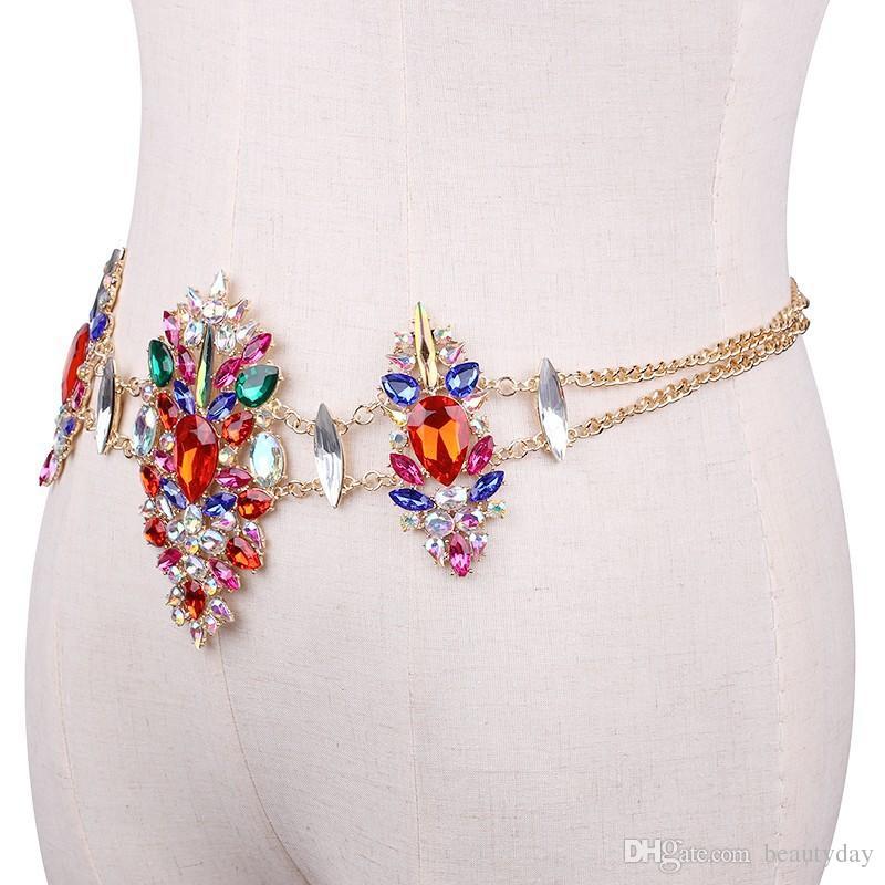 2018 Gioielli da sposa sexy con catena il corpo Vendita calda a buon mercato Sparkling colorato con strass Crystasl Bikini Beach Wedding Party Bridal Jewelry