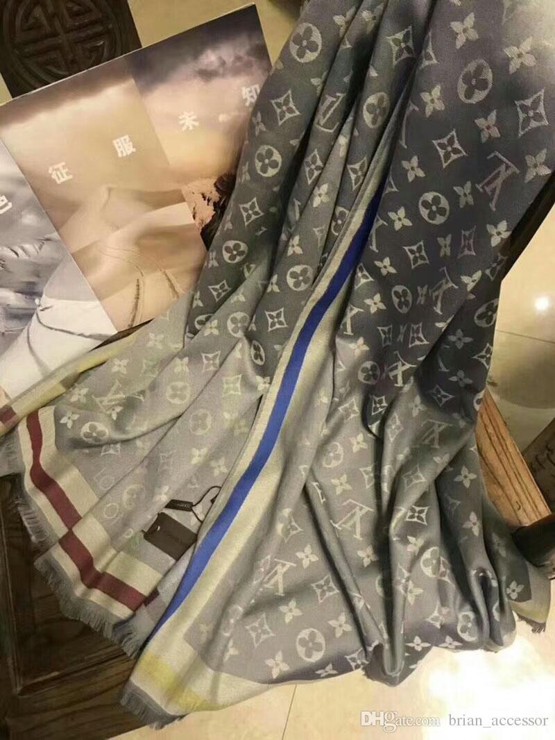 c3c7a8f43e87 Acheter Écharpe Pour Femme Designer Écharpe De Luxe Marque Haute Qualtiy Coton  Foulards 2018 Automne Hiver Femmes Long Wraps 4 Couleurs Rt055 De  13.06 Du  ...