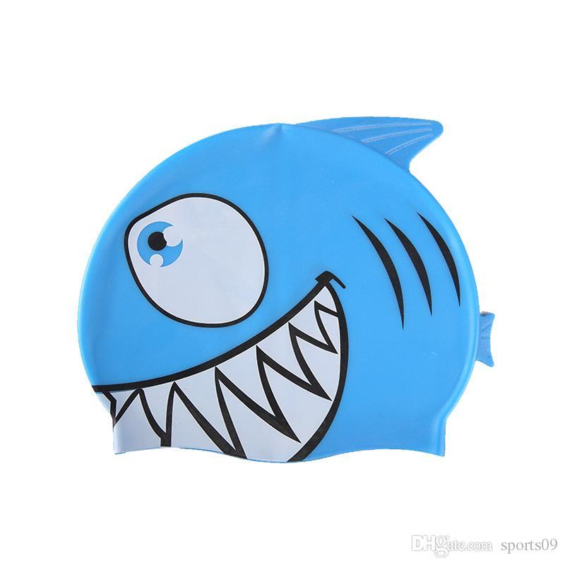 2018 neue Kinder Schwimmen Kappe Cartoon Fisch Silikon Wasserdicht Schützen Ohr Shark Form Schwimmen Pool Hut Kinder Caps