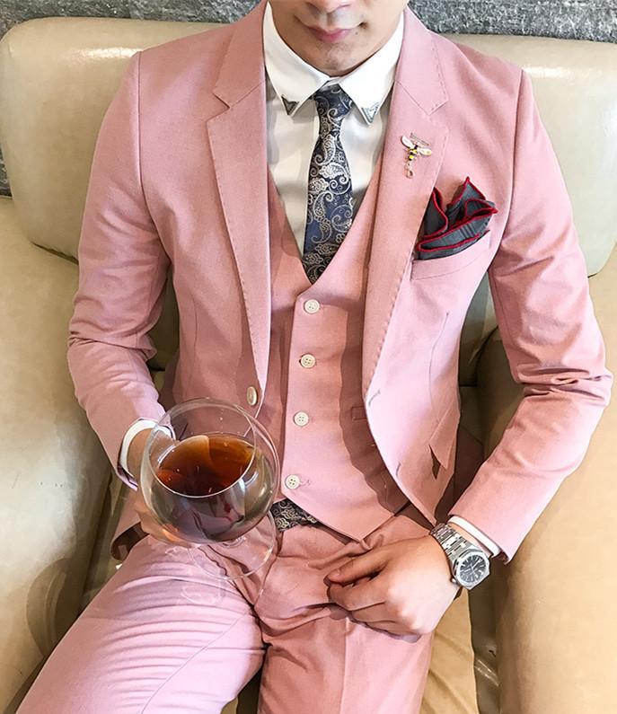 cd5ebcf7d Compre Trajes De Hombres A Medida De Moda Para Hombres Cómodos Slim Fit  Traje De Negocios De Estilo Occidental De Ocio Chaqueta + Chaleco +  Pantalones A ...