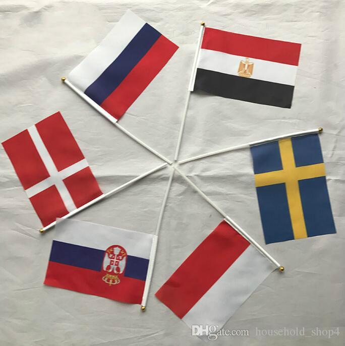 2018 Russie Top 32 Coupe du Monde Main Signal Drapeau National Drapeaux Football Football Fan Acclamation de Drapeau Manuel Main Agitant Drapeaux en Stock