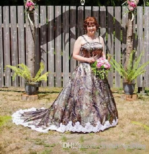 Plus Size Camo Wedding Dresses 2018 With Spaghetti Strap A-Line Lace Applique Court Train Bridal Gowns robe de mariée