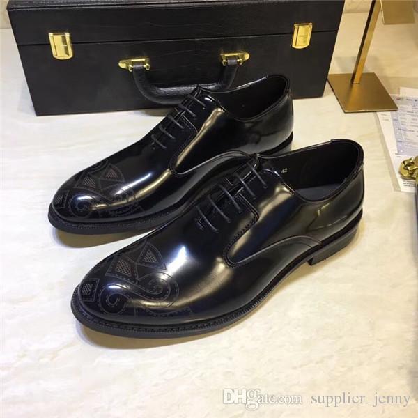 ba3073336 Compre Homens Sapatos Casuais Mocassins Sapatos Personalizados Feitos À Mão  Sapatos Com Rodinhas Sapatilhas De Couro Genuíno Toe Colorido Impresso  Vestido ...