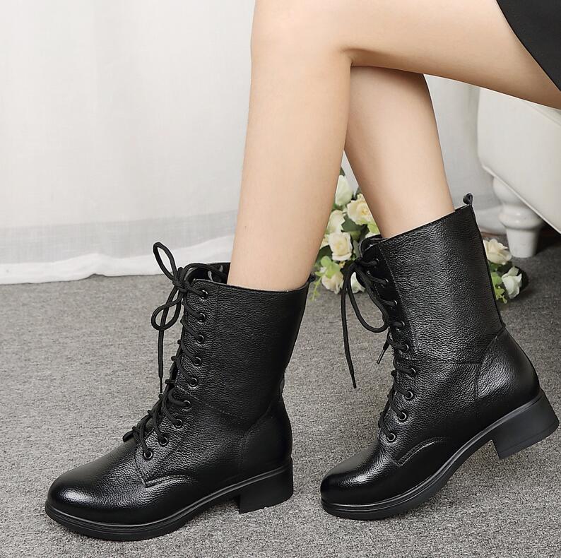 0ae658c6 Compre Botas De Mujer De Invierno De Felpa Interior De Algodón Botines  Negros De Cuero Genuino Con Cordones Cálidos Zapatos De Mujer De Nieve De  Waterpfoof ...