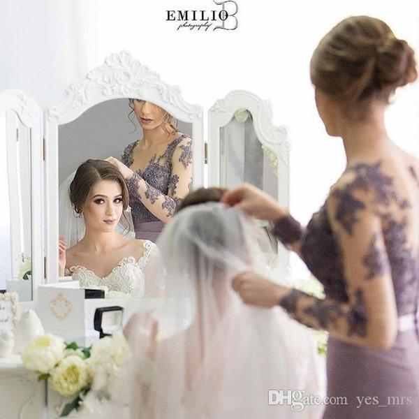 2018 robes de demoiselle d'honneur lilas sirène Sheer Neck manches longues balayage train demoiselle d'honneur robes avec dentelle appliques retour illusion robes formelles