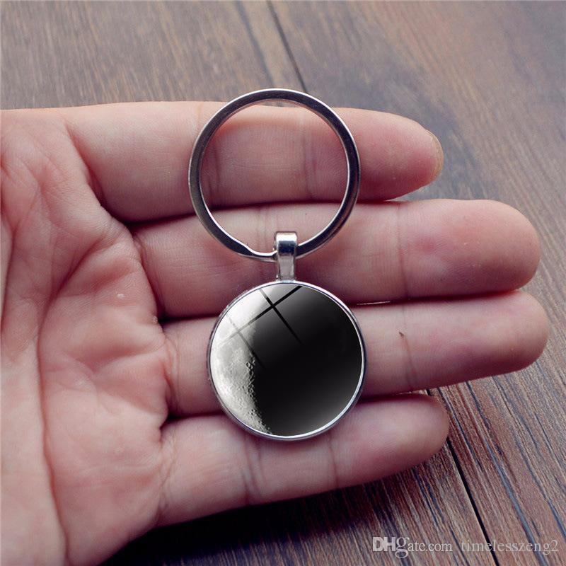Yıldız desen Zaman Mücevher Cabochon anahtarlık Siyah ve beyaz renk serisi gezegen tasarım anahtarlık Bireysel küçük hediyeler
