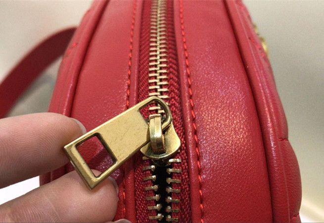 New leather Love heart V Wave Pattern waist bags women men shoulder bags Belt Shoulder Bag Women chain Bags Handbags