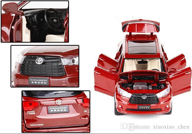 High simulation Toyota Highlander 1:32 scale alloy pull back car model diecast metal toy vehicles musical&flashing 6 open doors suv