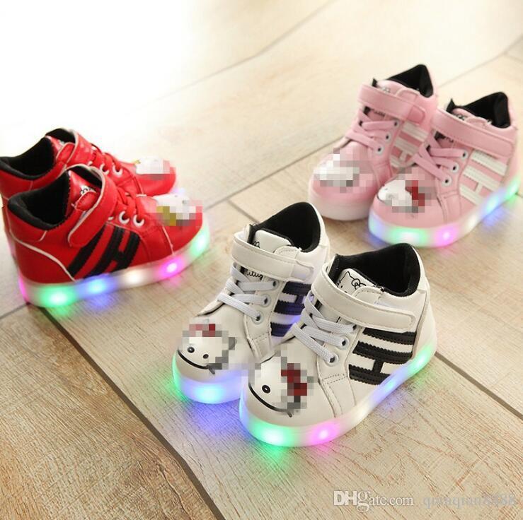 f37d5107 Compre Nuevo Zapatillas De Deporte Con Luz Led Moda Gato De Dibujos  Animados Zapatos Para Niños Sandalias Zapatos Para Niños Zapatillas De  Deporte Luminosas ...