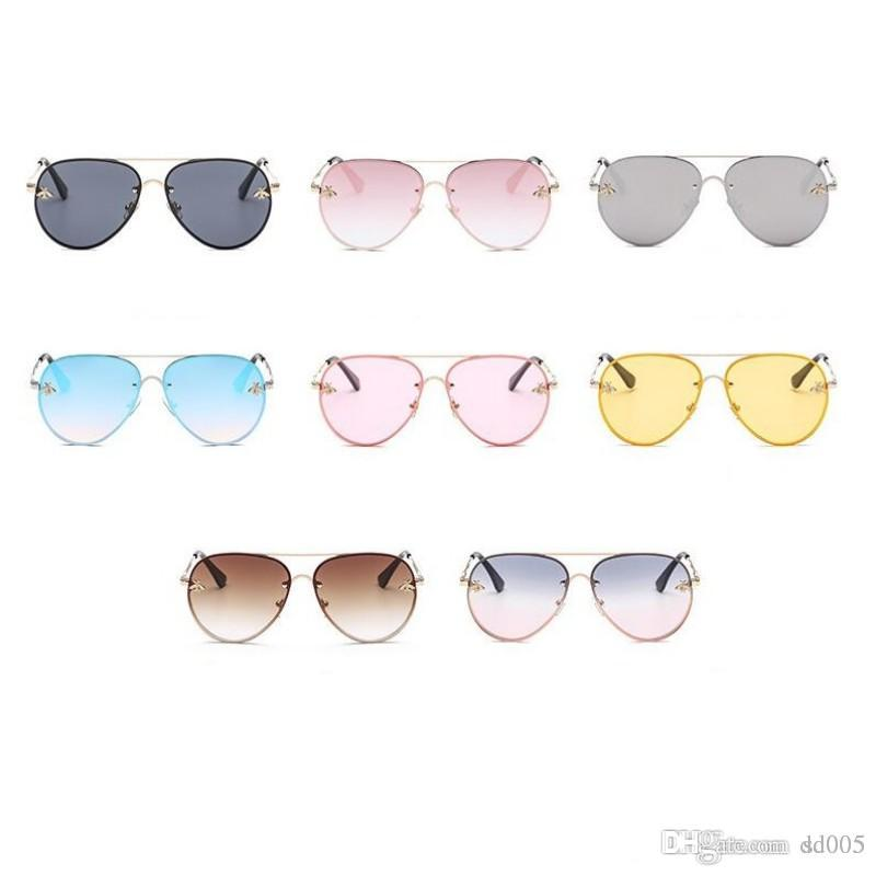 Universal Little Bee Spectacles Anti Glare Colored Film Sunglasses