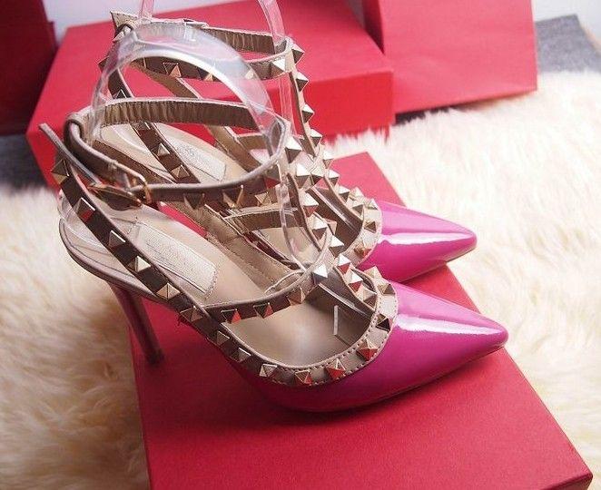 QUENTE! Tamanho grande 2018 Designer 8 cm 10 cm Gladiador Sapatos de Salto Alto Mulheres Nude Preto Spikes T-strap Bomba De Patente De Couro Do Parafuso Prisioneiro Da Senhora Sapatos de Verão