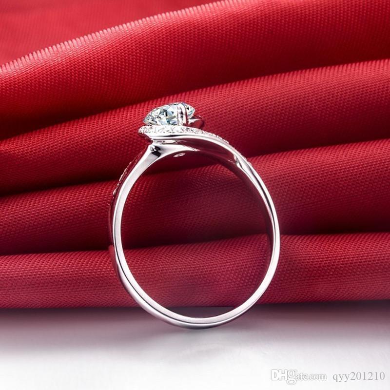 0.5Ct Mükemmel Lüks Sentetik Elmas Yüzük Kadınlar için 925 Ayar Gümüş Beyaz Altın Renk Nişan Takı Hediyeler