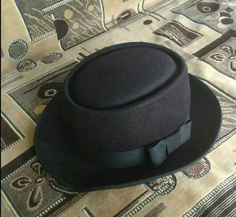 Flat Caps Fedoras Hats Circular Top Unisex Felt Pork Pie Men Curled Edg Cap  European American Chapeu Fedora Hat Flat Caps Fedora Hat Circular Top Hat  Online ... c1d163c1a9c